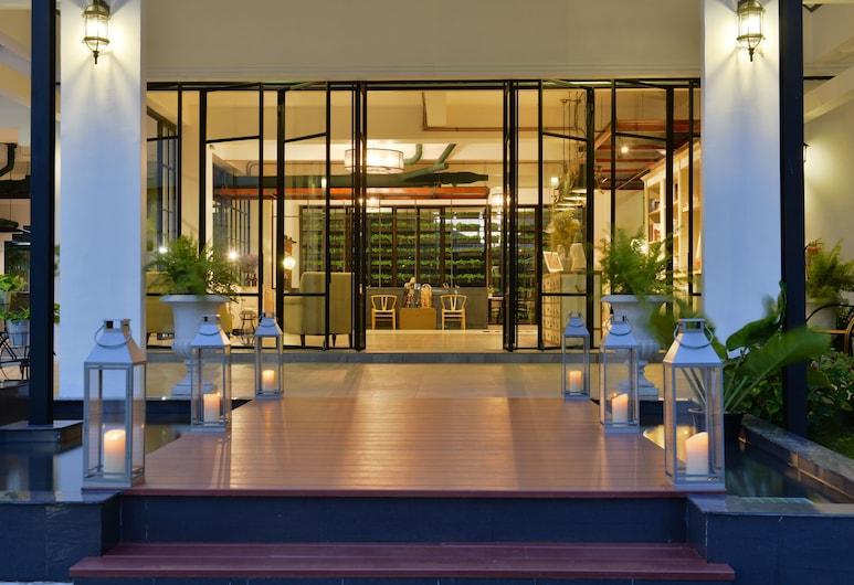 Ruenthip Residence Pattaya, Pattaya, Hotel Entrance