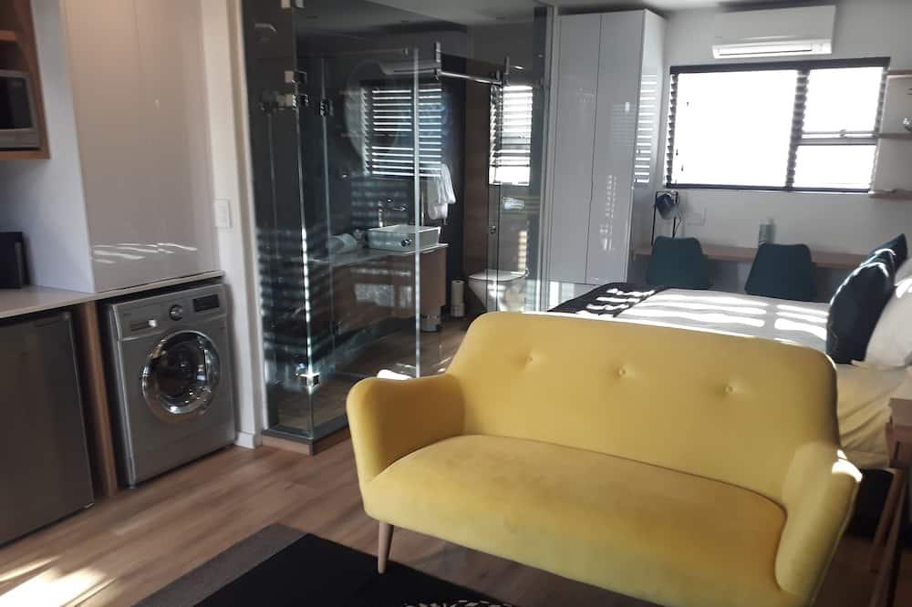 Студия «люкс», 1 двуспальная кровать «Квин-сайз» - Зона гостиной