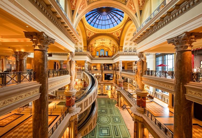 Caesars Suites at Caesars Palace, Las Vegas, Intérieur de l'hôtel