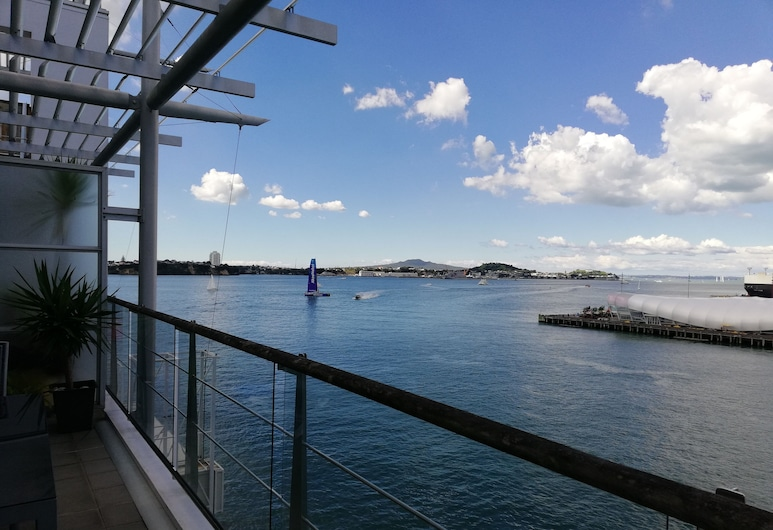 Princes Wharf Grace Apartment, Auckland, Business Apartment, 1 Bedroom, Harbour View, Sea Facing, Balcony