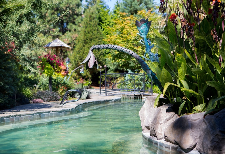McMenamins Edgefield, Troutdale, Outdoor Pool