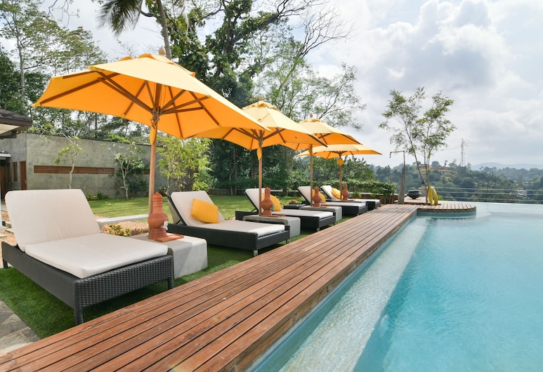 The Elephant Stables, Kandy, Pool