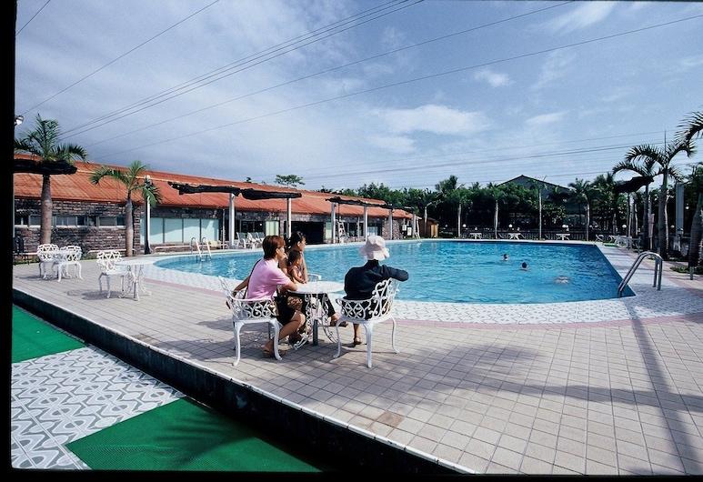 Yi Yuan Resort, Shoufeng, Outdoor Pool
