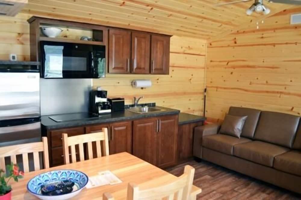 Cabin Deluxe (Chilliwack) - Khu phòng khách