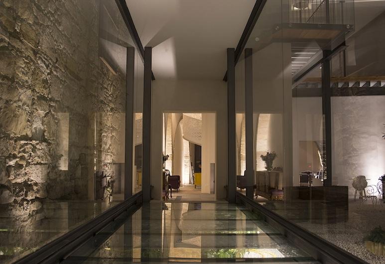 Lokàl Hotel, Larnaka, Lobby