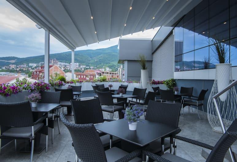 Queen's Hotel, Skopje, Terrace/Patio