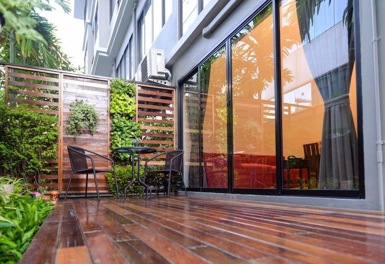 The Pad Silom Serviced Apartment, Bangkok, Duplex, 2 Bedrooms, Terrace/Patio