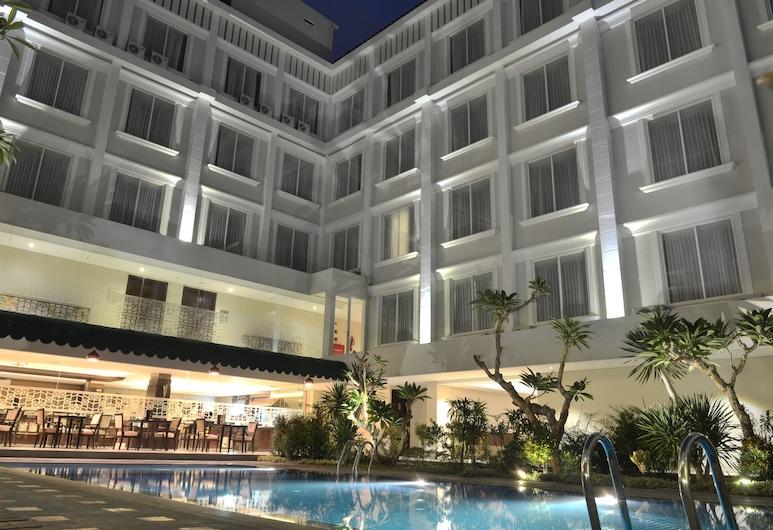 LYNN Hotel by Horison, Yogyakarta, Outdoor Pool