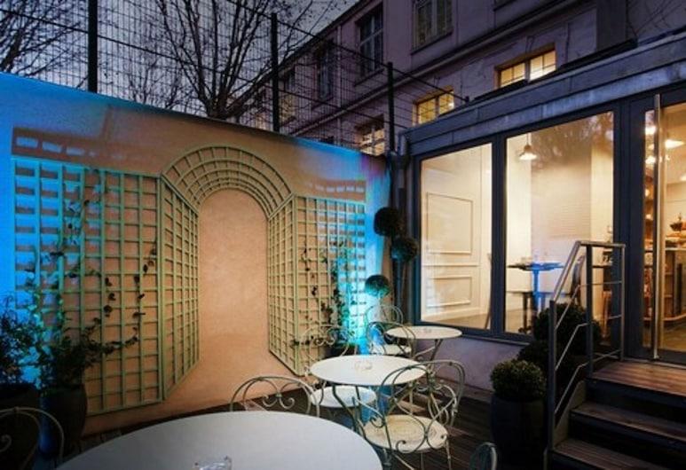 Hôtel Le Mireille, Paris, Innenhof