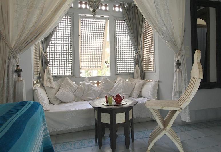 Riad El Youssoufi, Marrakech, Izba typu Superior (Ivoire), Obývacie priestory