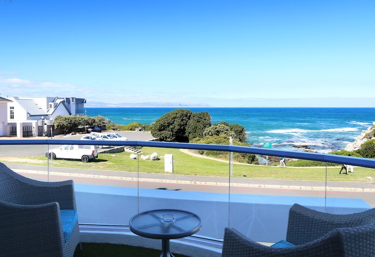 Hermanus Boutique Guest House, Hermanus, Luxury Room, Beach/Ocean View