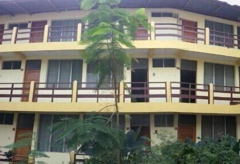 Hotel Tayasal, Santa Elena, Viesnīcas priekšskats