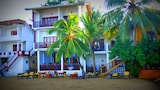 Book this Parking available Hotel in Unawatuna