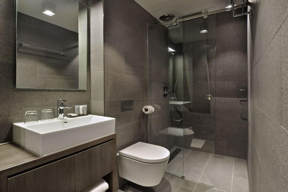 ห้องเบสิกทวิน, เตียงเดี่ยว 2 เตียง - ห้องน้ำ