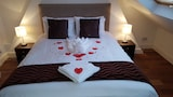 Hotels in North London,North London Accommodation,Online North London Hotel Reservations