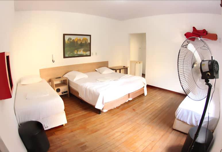 Hotel Dona Lú, San Paulas