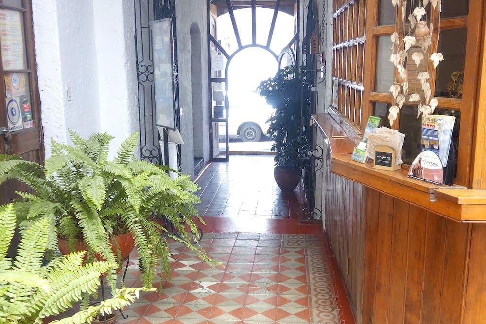 Vchod do hotela