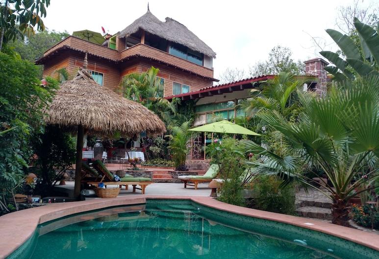 Casa D Lobo Hotel Boutique, Malinalco, Garden