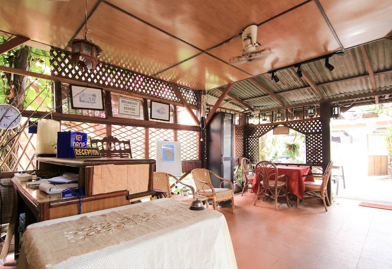 OYO 44084 Ombak Inn Chalet, Ilha de Pangkor, Receção