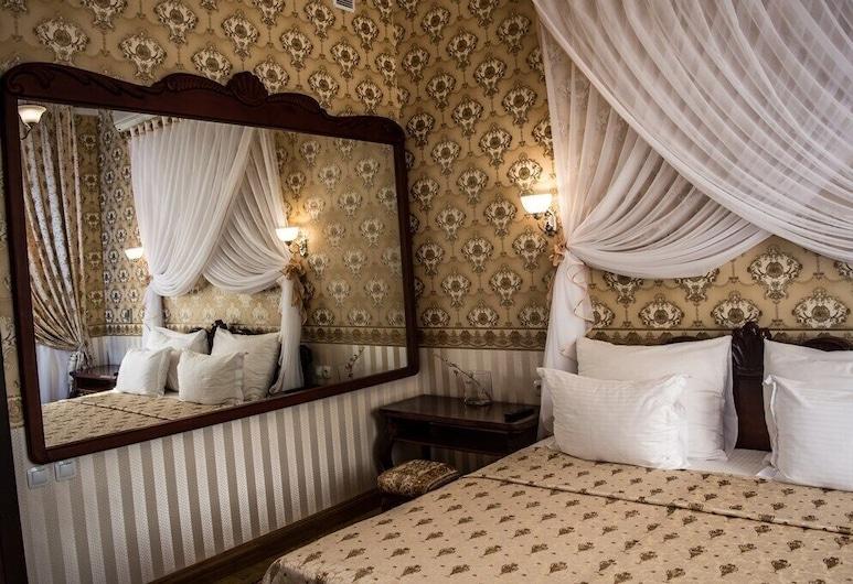 Intourist Hotel, Volgograd, Suite (Retro), Værelse