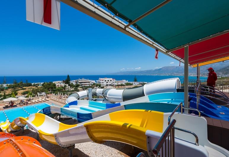 Grand Hotel Holiday Resort, הרסוניסוס, פארק מים