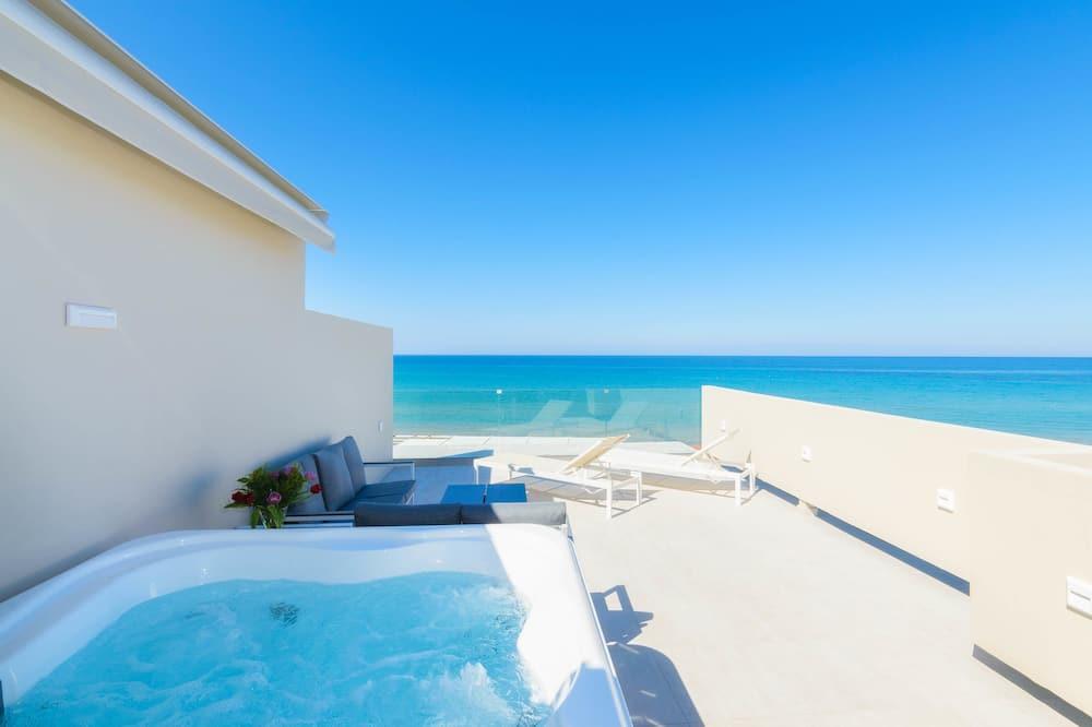 סוויטה יוקרתית, נוף לים, פונה לים - חדר אורחים