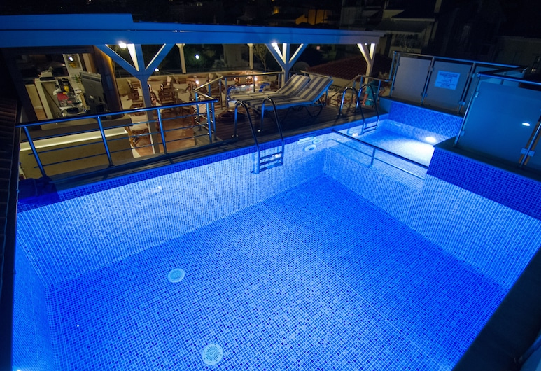 Theofilos Paradise Boutique Hotel, Lesbos, Bazén na střeše