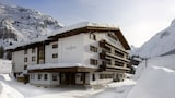 Choose This Luxury Hotel in Lech am Arlberg