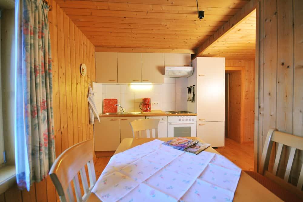 Apartemen Comfort, 2 kamar tidur, pemandangan gunung (Nescharina, excl. Cleaning Fee EUR 65) - Tempat Makan Di Kamar