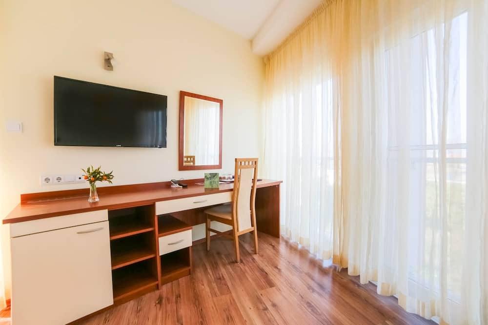 Номер «Комфорт» (1 двоспальне або 2 односпальних ліжка) - Житлова площа