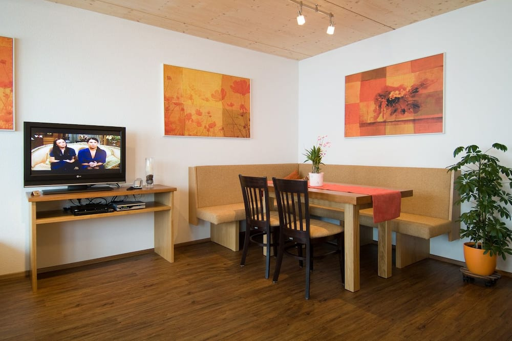 Appartement (Zugspitze) - Restauration dans la chambre