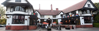 Picture of Bridge Inn Hotel in Wirral