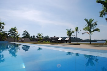 Selline näeb välja Kalla Bongo Lake Resort, Hikkaduwa