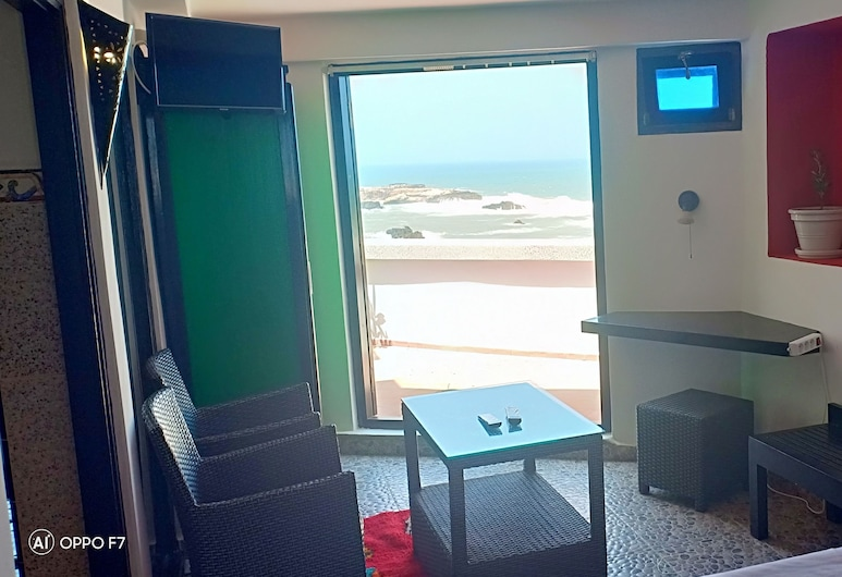 Dar ayour appartements, Essaouira, Appartamento panoramico, 1 letto king, terrazzo, di fronte alla spiaggia, Vista spiaggia/mare