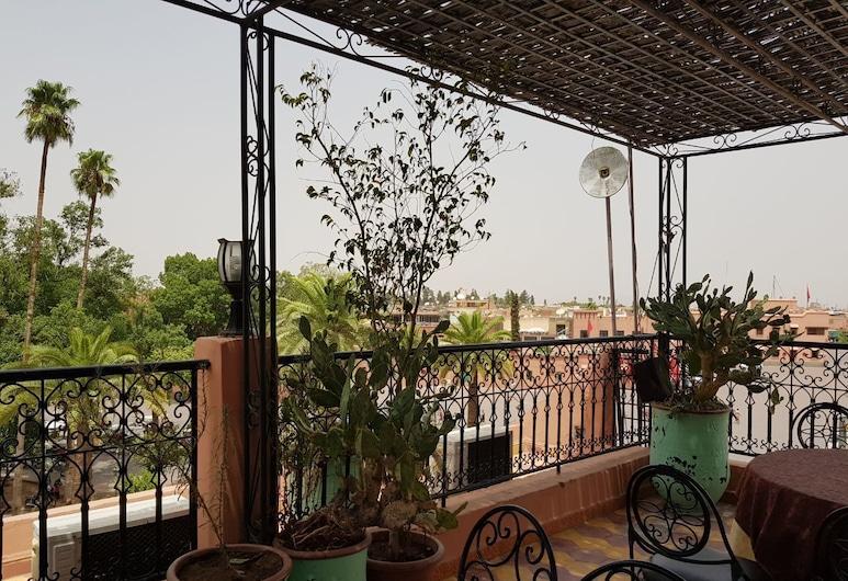 阿里飯店, 馬拉喀什, 室外用餐