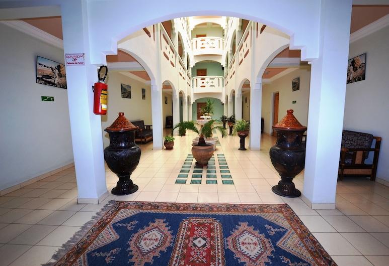 Al Adarissa, Aït Baha, Hoteleingang