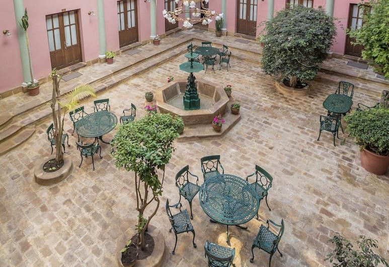 Capital Plaza Hotel, Sucre, Κήπος