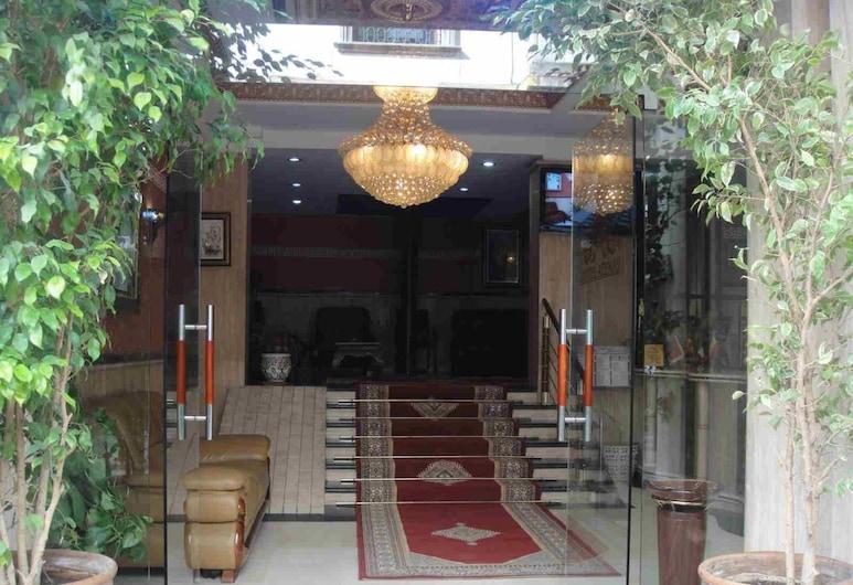 Atenas Hotel, Tetuán, Entrada del hotel