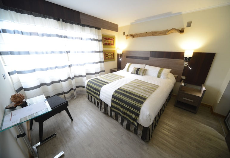 伯伊萊海爾庫拉內酒店, 聖地牙哥