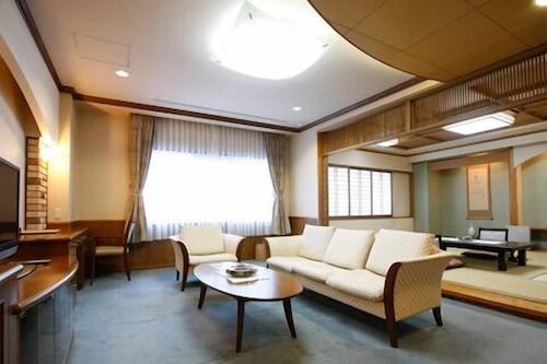 層雲閣大飯店/