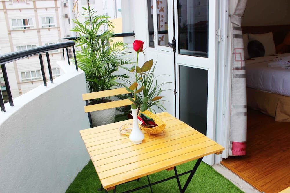 Deluxe-Doppel- oder -Zweibettzimmer, Balkon, Stadtblick - Balkon