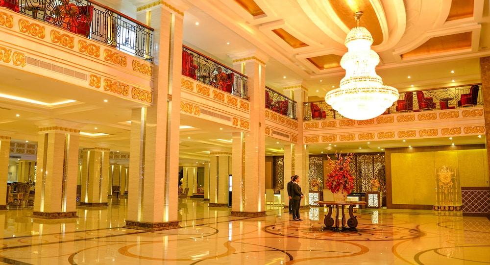 Book the grand kandyan in kandy - Grand hotel sri lanka ...