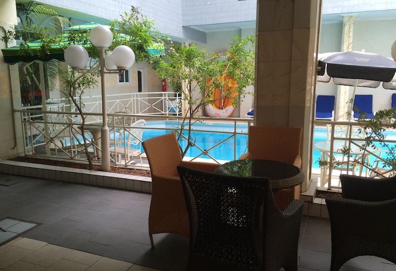Sun Beach Hotel, Cotonou, Piscina all'aperto