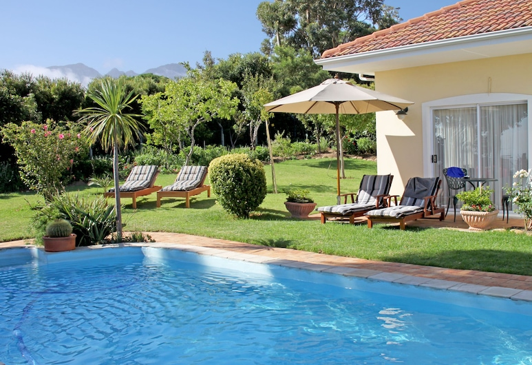 Somerset Sights Bed and Breakfast, Cidade do Cabo, Piscina Exterior