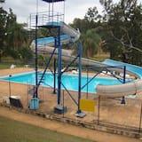ウォータースライド