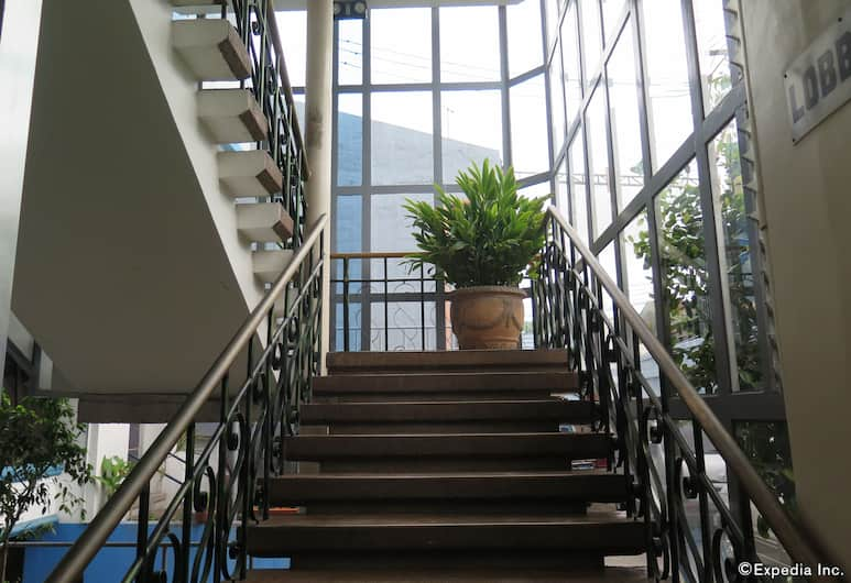 푸엔떼 펜션 하우스, 세부, 계단