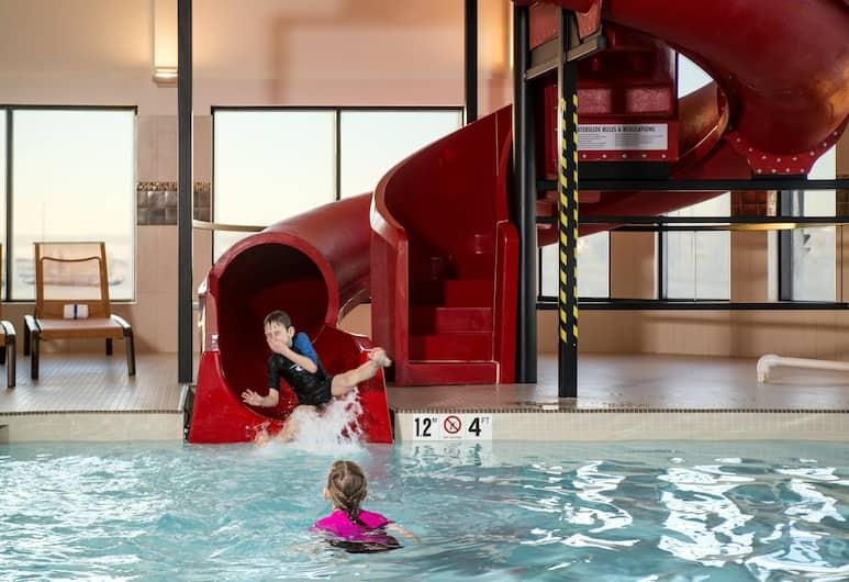 Residence Inn by Marriott Calgary South, Calgary, Pool
