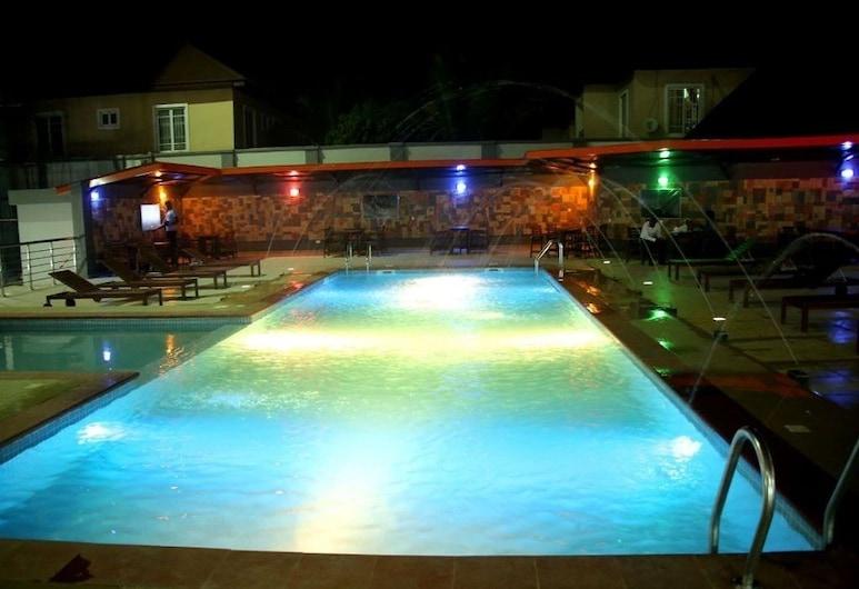 Best Western Plus Elomaz Hotel, Asaba, Air Terjun Kolam Renang