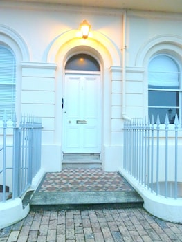 Picture of Hesketh Crescent Apartment in Torquay