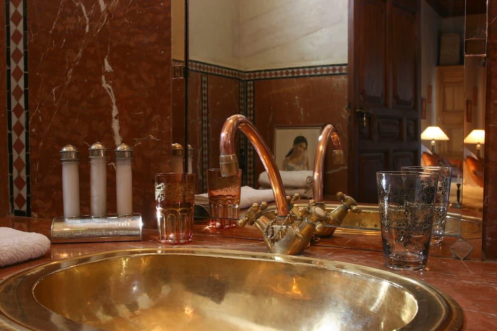 Deluxe-værelse (Hibiscus) - Badeværelse
